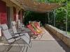 05-01-Ghislaine chaises et bancs juin 16